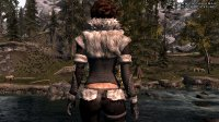 Northgirl_Armor_UNP_and_the_Retexture_07.jpg